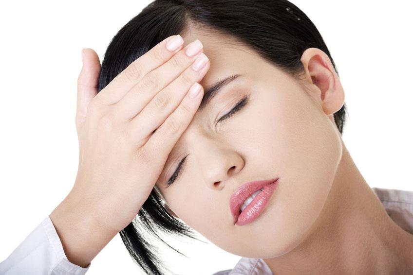 15 Astuces naturelles contre les maux de tête testées et approuvées